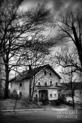 Photograph - The Old House Down The Street by Miriam Danar
