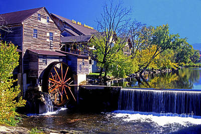 Photograph - The Old Mill by Paul W Faust -  Impressions of Light