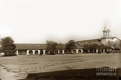 Photograph - The Old Mission San Juan Bautista Circa 1907 by California Views Mr Pat Hathaway Archives