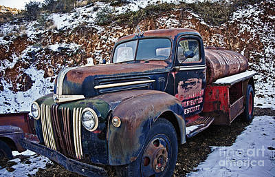 Photograph - The Old Mobilgas Ford by Lee Craig
