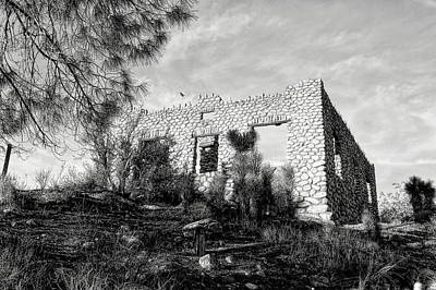 The Old Stone House Of Valyermo Art Print