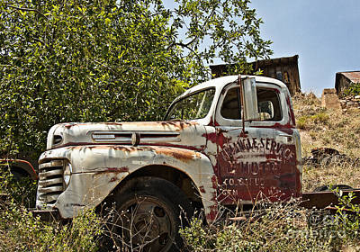 Photograph - The Old Triangle Truck by Lee Craig