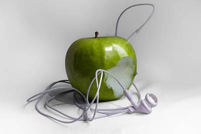Music Ipod Photograph - The Original Ipod by Ian Hufton