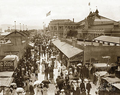 Photograph - The Pike Long Beach California 1915 by California Views Mr Pat Hathaway Archives