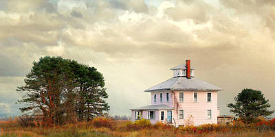 Photograph - The Pink House by Karen Lynch