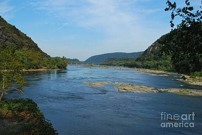 Photograph - The Potomac River At Harper's Ferry by Bob Sample