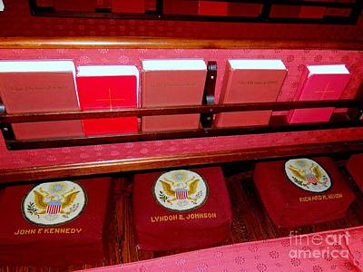 Photograph - The President's Pew by Ed Weidman