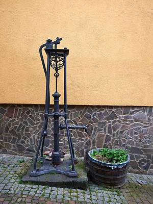 The Pump At St Goar Am Rhein Art Print