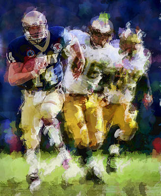 Running Back Mixed Media - The Pursuit by Daniel Hagerman