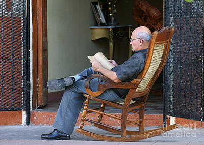 Photograph - The Reader by Rudi Prott