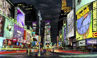 Cities Digital Art - The Real Time Square by Mike McGlothlen