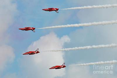 Photograph - The Red Arrows Team by David Fowler