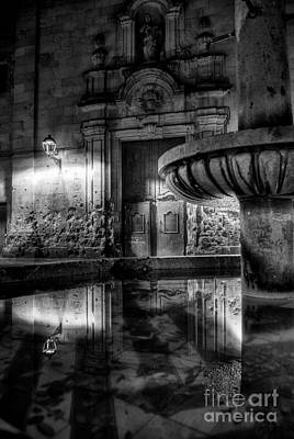 The Reflection Of Fountain Art Print by Erhan OZBIYIK