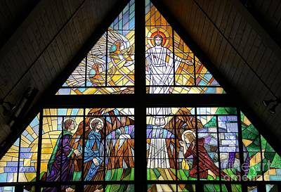 Glass Art - The Resurrection by Gilroy Stained Glass