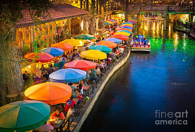 San Antonio Photograph - The Riverwalk by Inge Johnsson