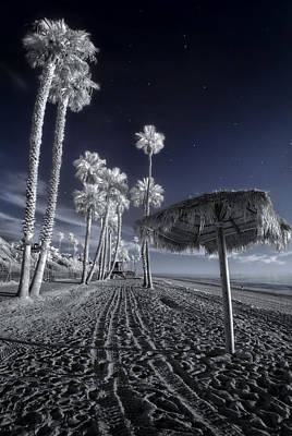 San Clemente Photograph - The Rover On Holiday by Sean Foster