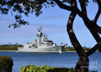 Royal Australian Navy Photograph - The Royal Australian Navy Anzac-class by Stocktrek Images
