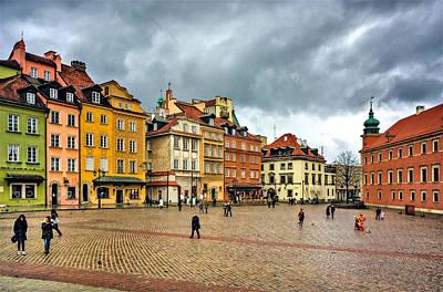 Photograph - The Royal Castle Square by Tomasz Dziubinski