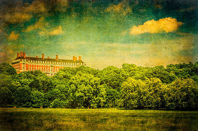 Photograph - The Royal Star And Garter Home On Richmond Hill by Lenny Carter