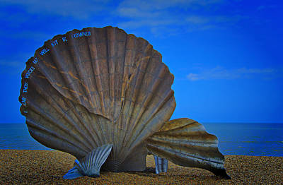 Britten Photograph - The Scallop by Chris Thaxter
