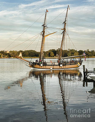 Photograph - The Schooner Sultana On The Chester River At Chestertown Maryland by William Kuta
