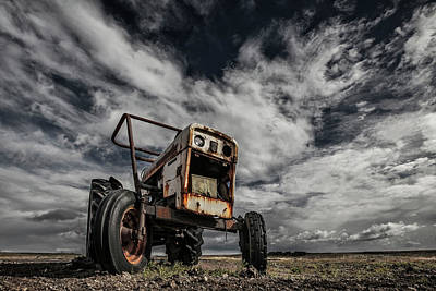 Tractor Wall Art - Photograph - The Scream by Bragi Ingibergsson -