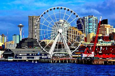 Photograph - The Seattle Wheel by Benjamin Yeager