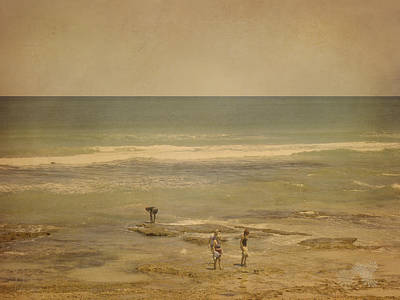 Photograph - The Shell Seekers by Elaine Teague