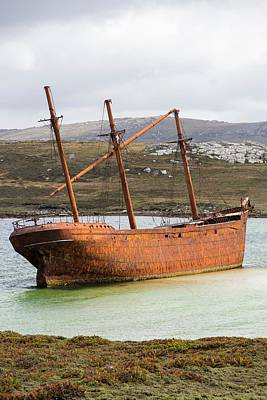 The Shipwreck Of The Lady Elizabeth Print by Ashley Cooper
