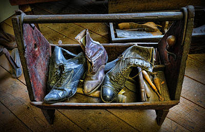 Shiner Photograph - The Shoemaker's Box by Lee Dos Santos