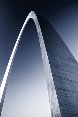 Photograph - The St Louis Arch Duotone by Garry McMichael