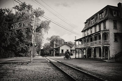 The Station At Reinhold's Inn Print by Bill Cannon