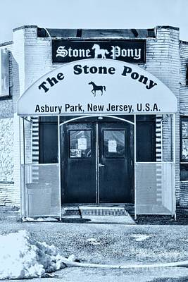 Bruce Springsteen Photograph - The Stone Pony Cool by Paul Ward