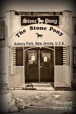 Bruce Springsteen Photograph - The Stone Pony Retro by Paul Ward