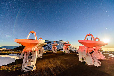 Photograph - The Submillimeter Array Moonset by Jason Chu