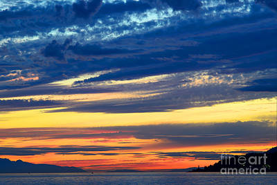 Photograph - The Sun Goes Down by Terry Elniski