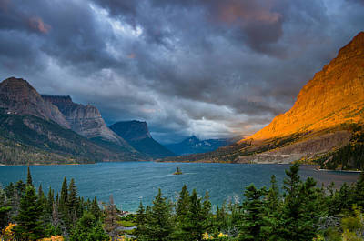 Photograph - The Sun Rises On St. Mary Lake by Greg Nyquist