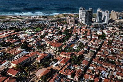 Photograph - the Tel Aviv charm by Ron Shoshani