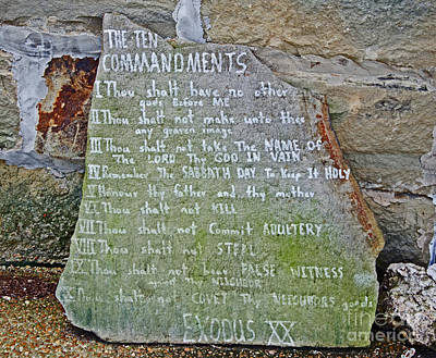 Photograph - The Ten Commandments by Paul Mashburn