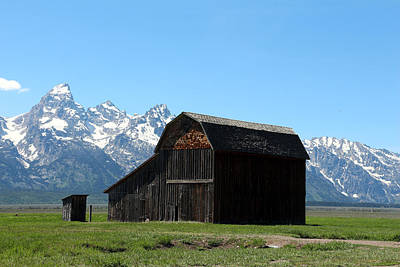 Photograph - The Thomas Murphy Barn by George Jones