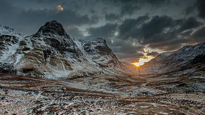 Stob Dearg Photograph - The Three Sisters Sunset Above Glencoe by Nigel Forster