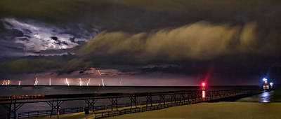 Photograph - The Thunder Rolls by John Crothers