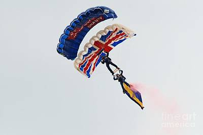 Photograph - The Tigers Army Parachute Team by David Fowler