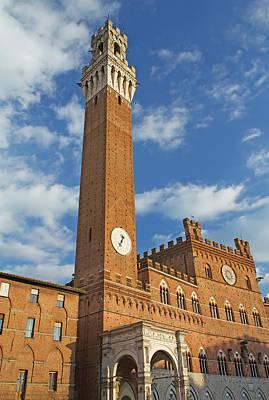 The Torre Del Mangia In Siena  Art Print by Jaroslav Frank