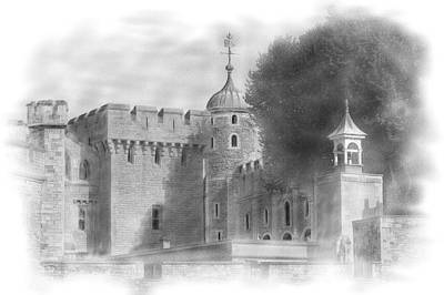 Tower Of London Digital Art - The Tower Of London by Kathryn Bell