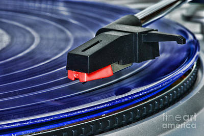 Jukebox Photograph - The Turntable by Paul Ward