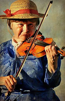Woman Playing Violin Photograph - The Violin by Diana Angstadt