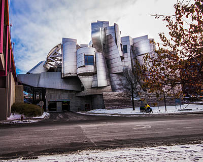 Photograph - The Weisman Art Museum by Tom Gort