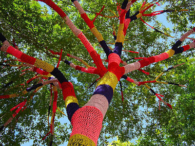 Sculpture - The Yarn Tree by Dan Redmon