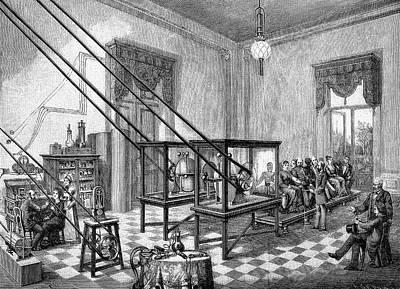 1880 Photograph - Therapeutic Electrical Cabinet Treatment by Bildagentur-online/tschanz